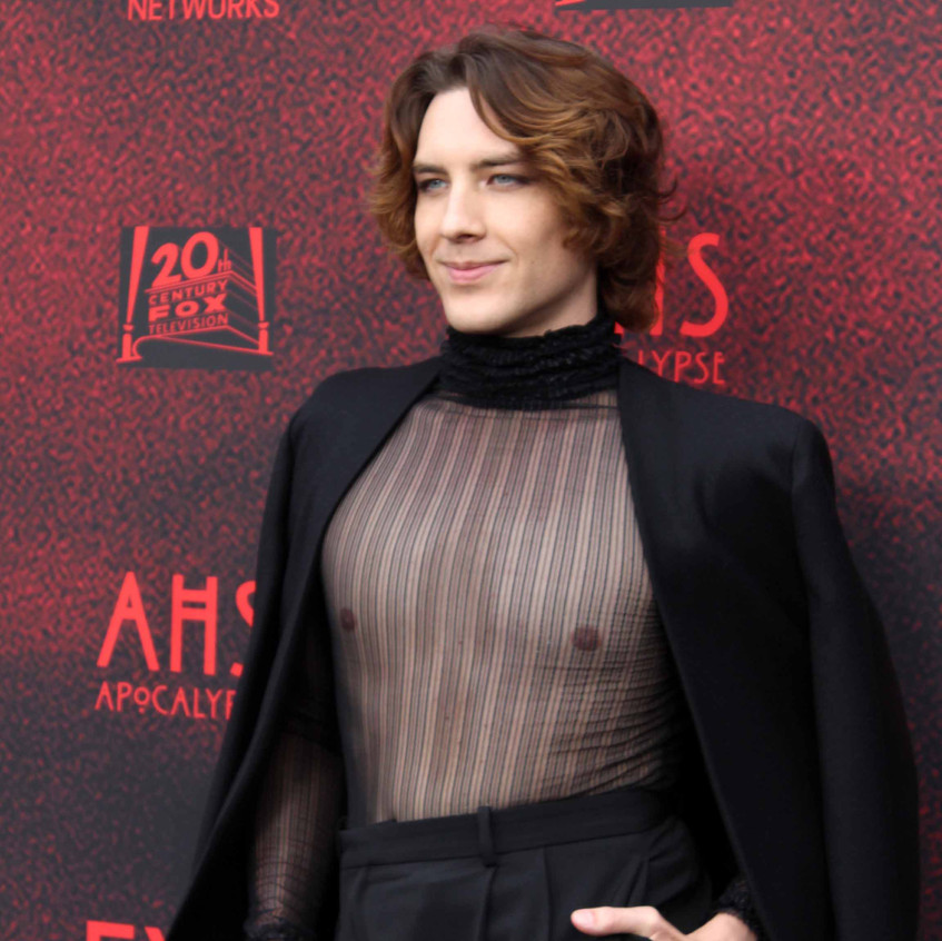 Cody Fern- Actor - Casts - Michael Langd