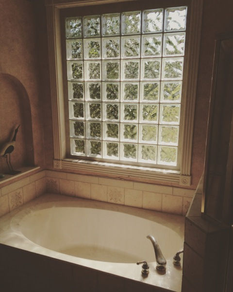 glass block bath