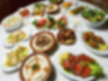 traiteur libanais repas assis paris