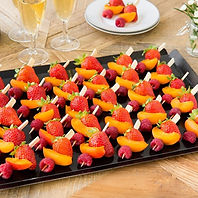 plateau cocktail brochettes de fruits