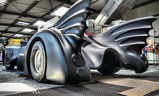 Location batmobile, location voitures de cinema, location voitures pour evenement