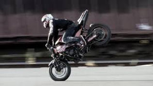 stunt cascade pour evenement, animation stunt cascade moto, animation moto, animation spectacle moto pour soiree et evenement