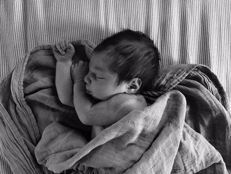 How to Photograph Your New Baby