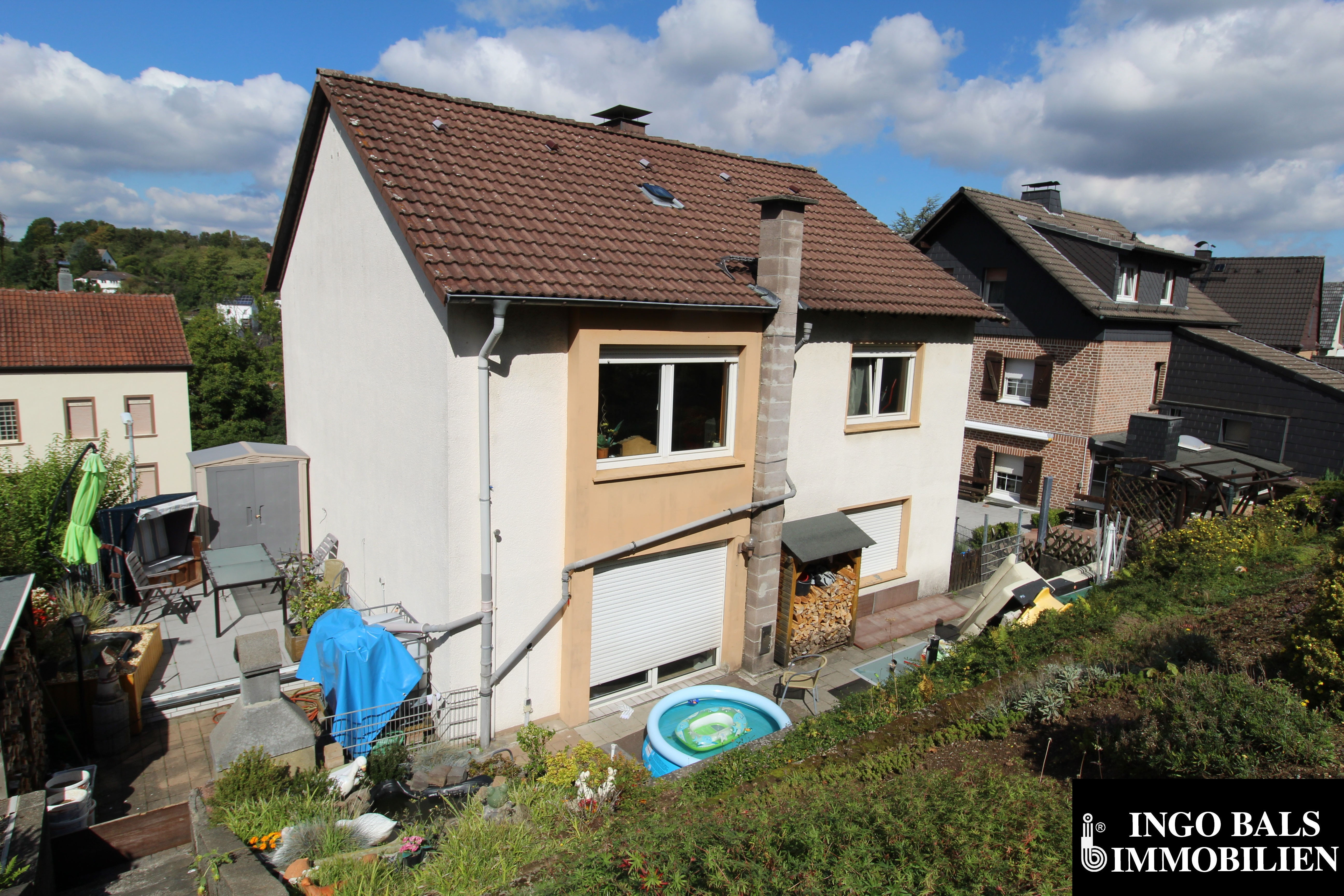 Haus Blick aus dem Garten.JPG