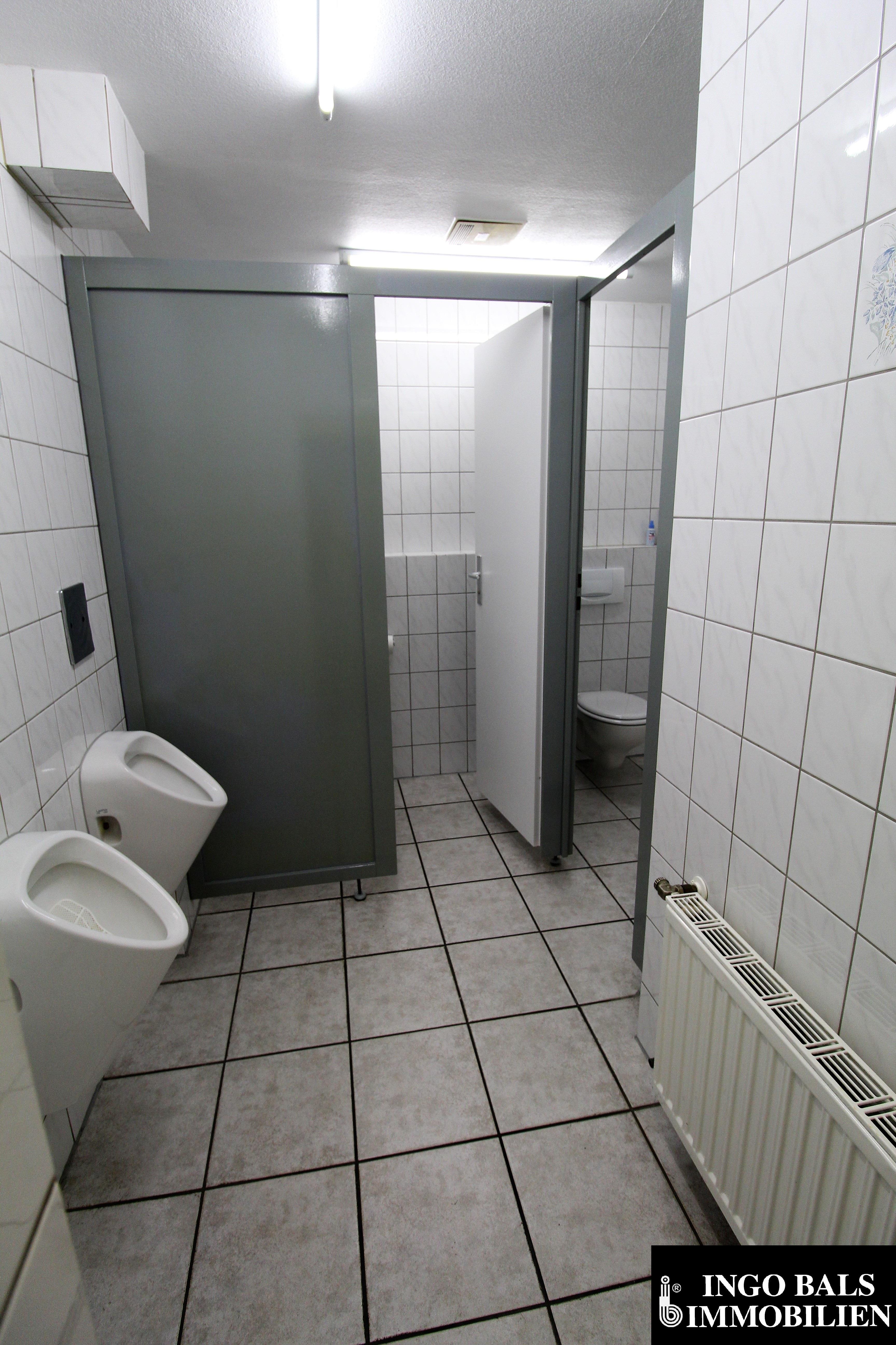 WC Herren.JPG