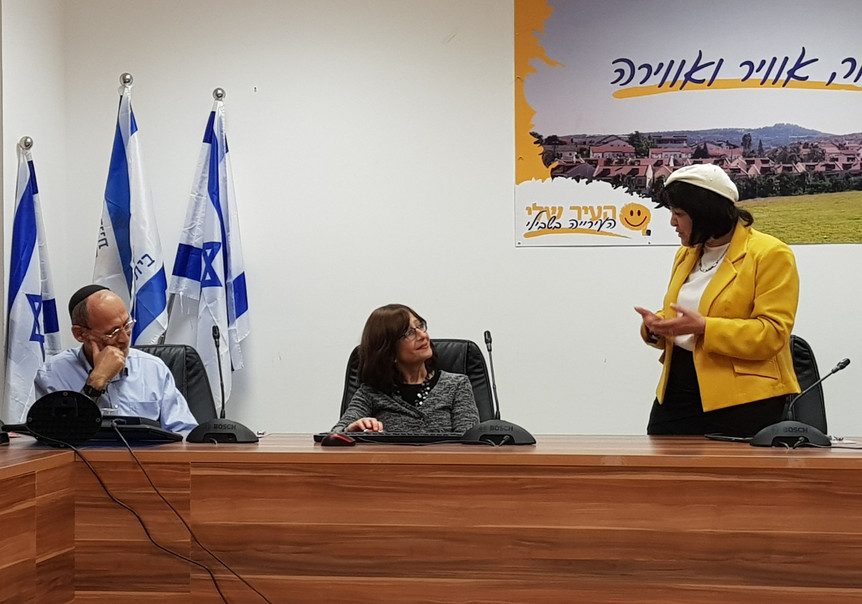 With Aliza Bloch at tekes for Tzevet Hat