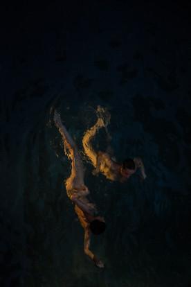 Curl Dive