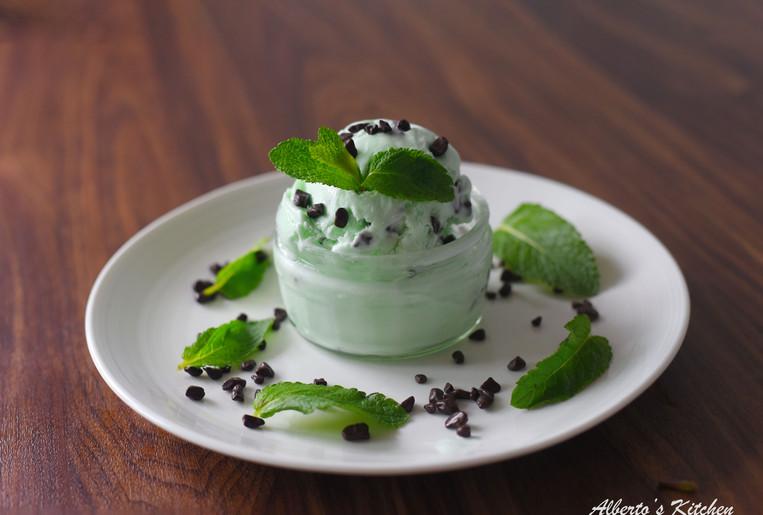Homemade Mint choc chip gelato