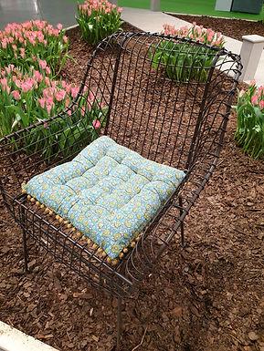 Wire chair antique color
