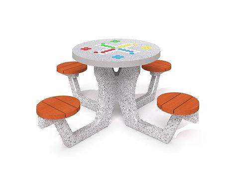 Betona galds priekš ludo spēles 03