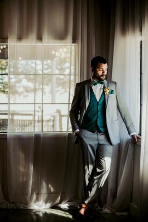 Blue Springs, Missouri Wedding Flowers by Jori Krenzel | Floral Designer