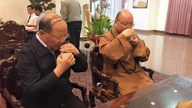 Spreading Buddhism, Spreading Tea