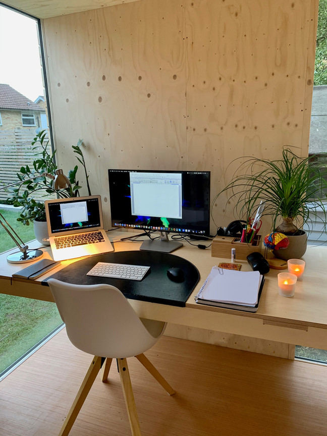 mokki desk 01.jpg