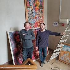Развеска картин из хранилища РСХ в здании Дома художника 06.01.2021 г.