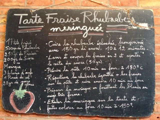 Tarte fraise rhubarbes meringuée
