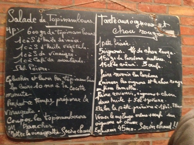 Salade de topinambours + Tarte aux oignons et chou rouge