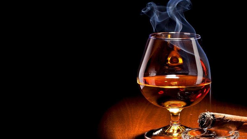 2255063-whisky-wallpaper.jpg