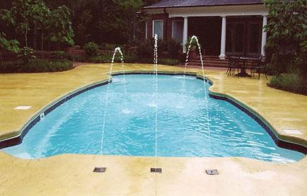 Deck-Jets-by-Adams-Pools.jpg