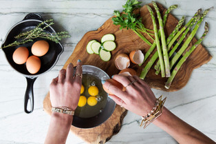 Eat Intuitively - Learn How to Listen to Your Body and Your Hunger