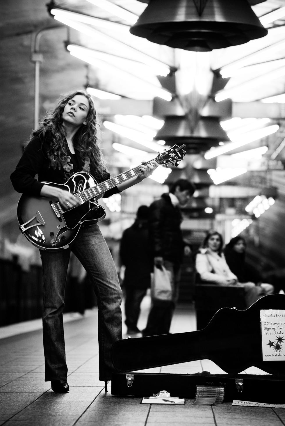 Natalie Gelman Subway Nov 24 07 347 EDIT