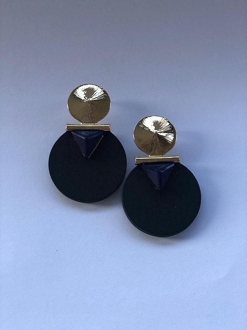 Gold detaylı siyah yuvarlak küpe