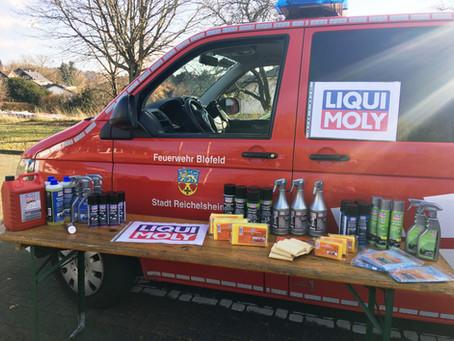 LIQUI MOLY spendet Produkte an Feuerwehr Blofeld