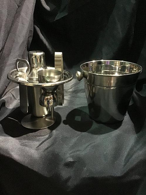 Compact bartenders tool set
