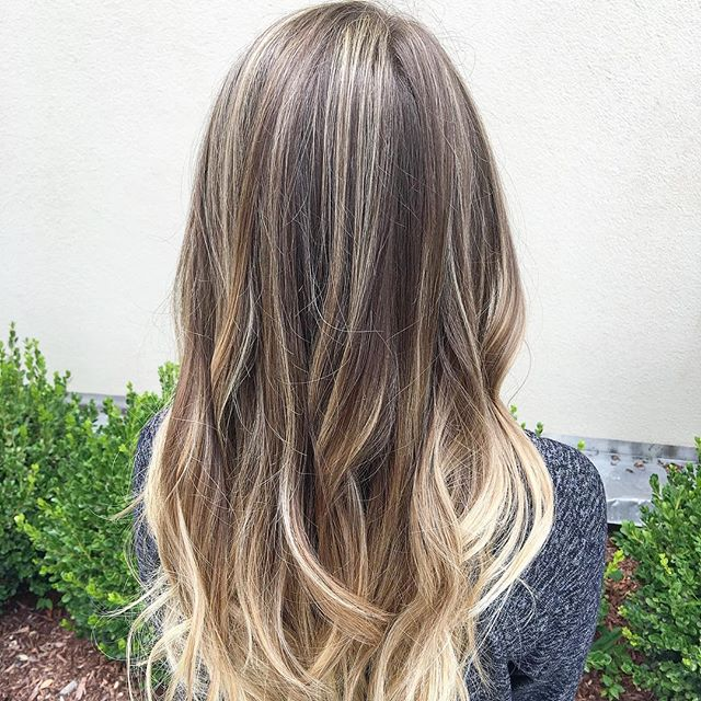 Say it 3 times fast_ Balayage! Balayage! BALAYAGE!!!!!! Styled with #kmscalifornia and colored with