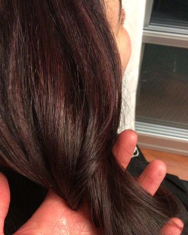 Color in action #loveyourself #balayage #goldwell #blend #ilovehair #kiaramooneyhmua #kiaramooney #b