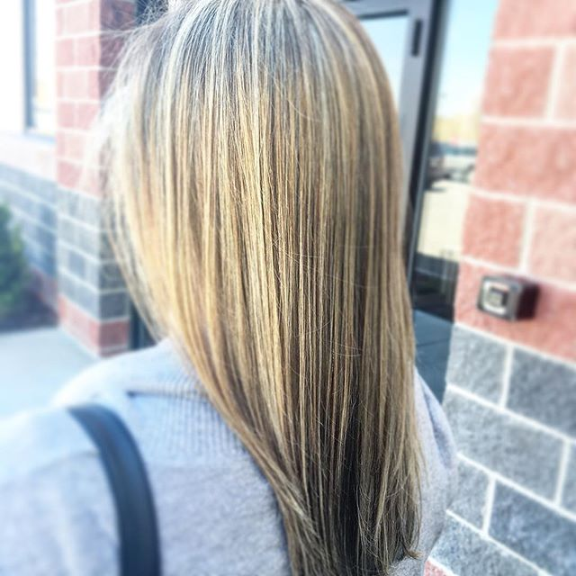 We 💟 #olaplex & so don't our clients 💁🏼💁🏻 #solasalonstudios #solasalons #studiolife #kiaramoone
