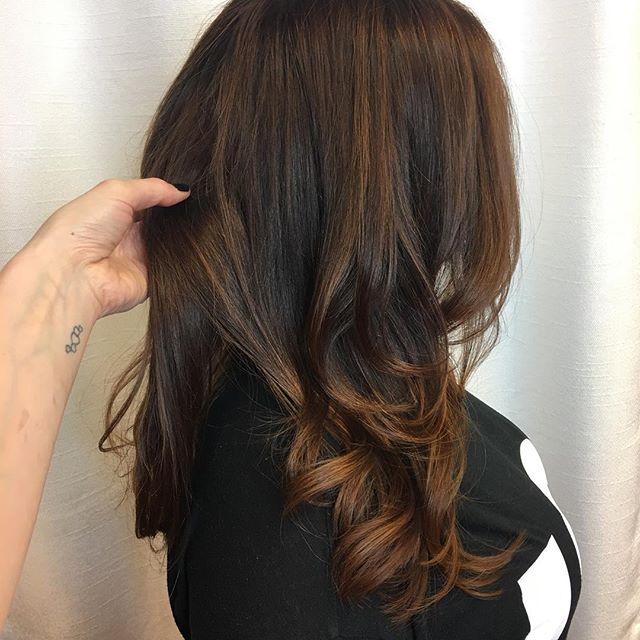 When your client has model hair #nofliter is needed 🙅🏼 _olaplex in each mixture! #copper #hair #so