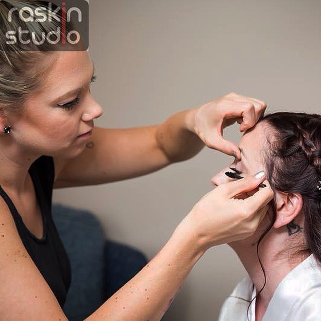 Instagram - In action 😘 #hairbykiara #makeupbykiara #makeup #wedding2014 #bride