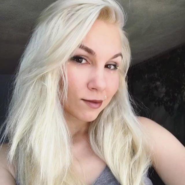 Sexy summer selfie contest in full effect thanks to _natt4ka 😘💁🏼 #kiaramooneyhmua #hairlove #happ