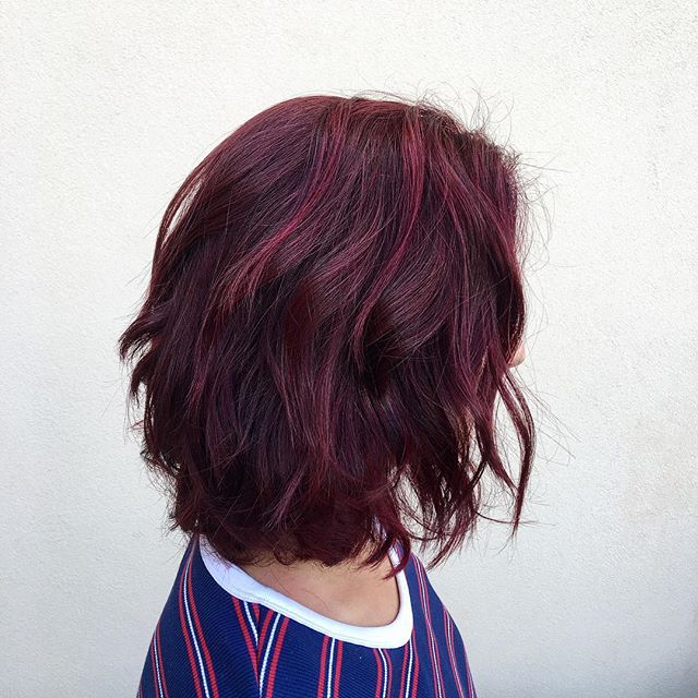Raspberry with a hint of grapes🍇🍒🍓 how many colors do you see 🙈  #iamgoldwell #kmscalifornia #ki
