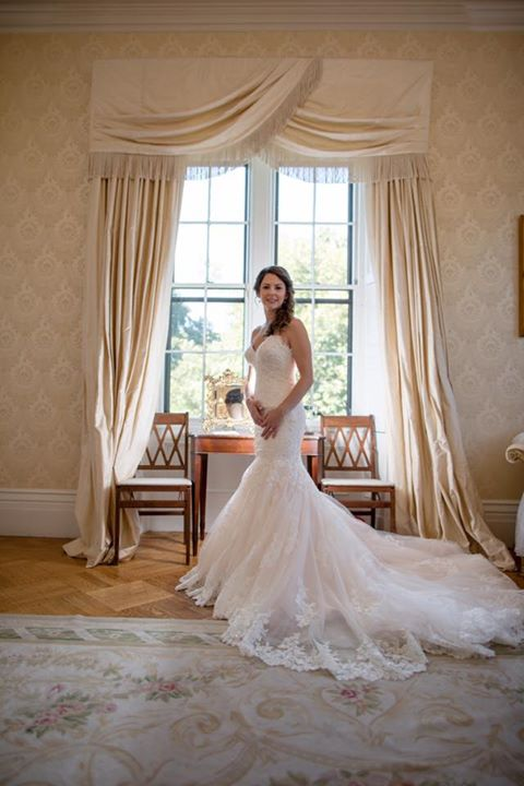 Bride Jessica looking stunning in her wedding dress!  We love September weddings 👰🏻👰🏻 #wedding #