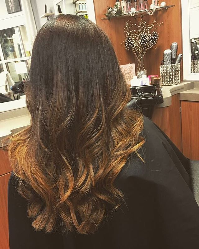 Hair by Krista 💁🏻 #kiaramooneyhmua #workflow #solaboston #bootyliciousblowdry #blowdry #hair #hair