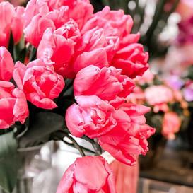 Tulips earn two lips! 😉🌷.jpg