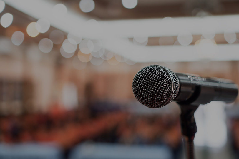 public-speaking-GettyImages-1178524893_e