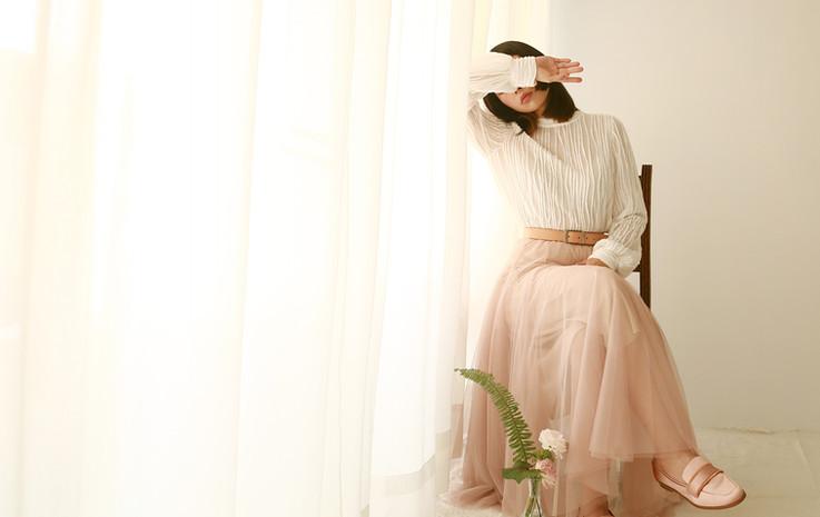 立體皺褶純棉長袖衫 收腰份量感長紗裙-豆沙粉