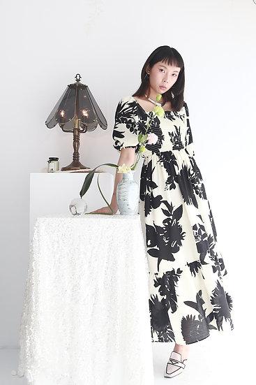 /預購享9折/黑印花泡袖洋裝