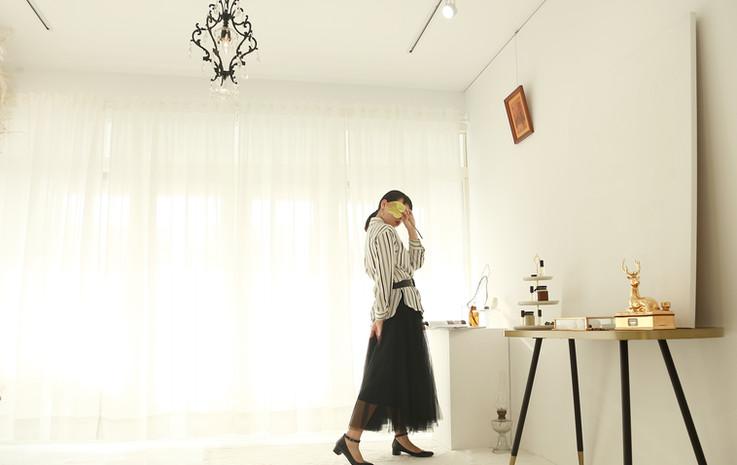 簡約感直紋襯衫 收腰份量感長紗裙-黑