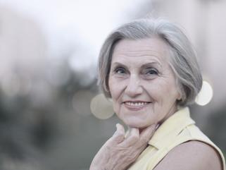 Por que as mulheres mentem a idade?