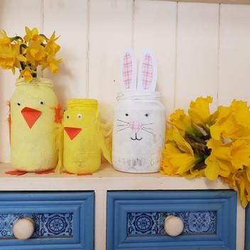 Easter Jam Jar decorating