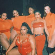 Tour & performing -064.jpg