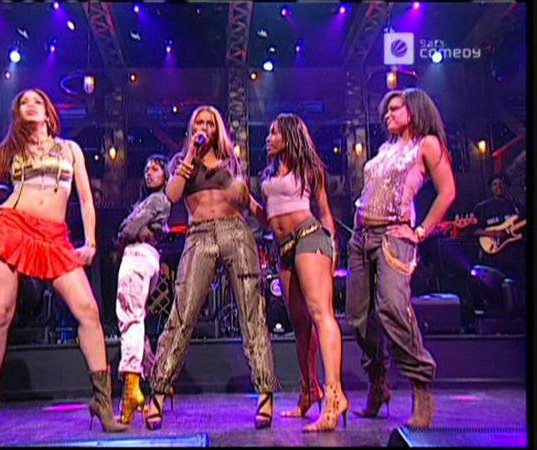Tour & performing -006.jpg