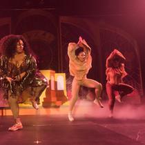 Tour & performing -103.jpg