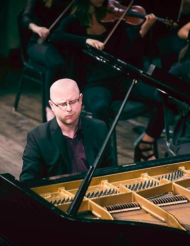 Jeff LeDeur Concert 6.jpg