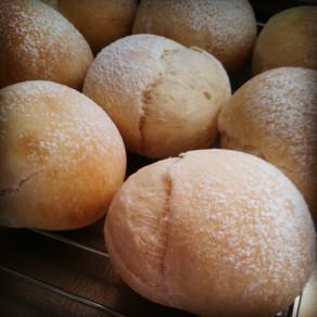 白パン(るりパンメニュー)