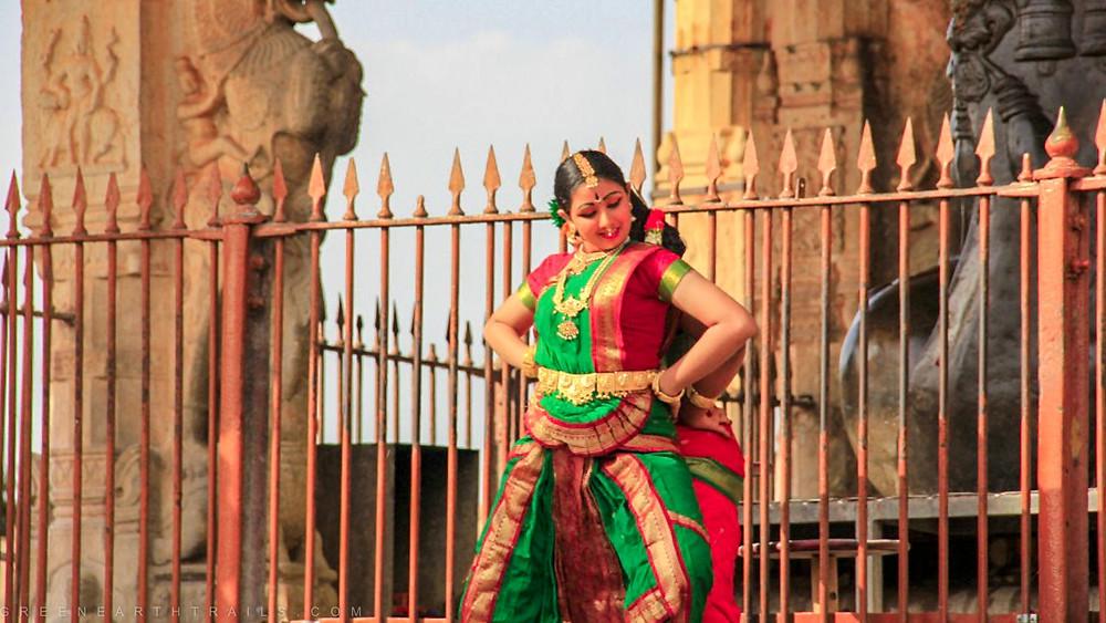 Dance performance at the Brihadeshwara Temple Tanjore