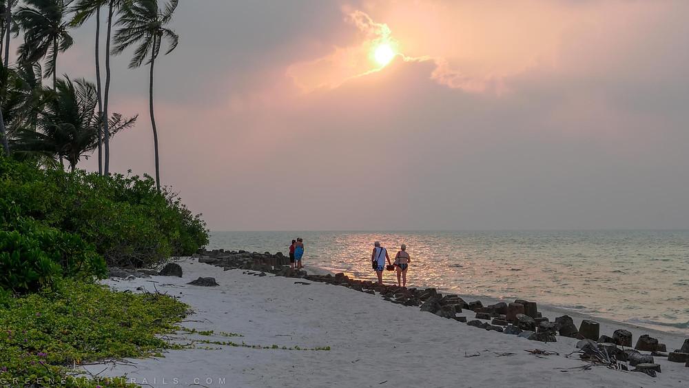Evening walk around Bangaram Island